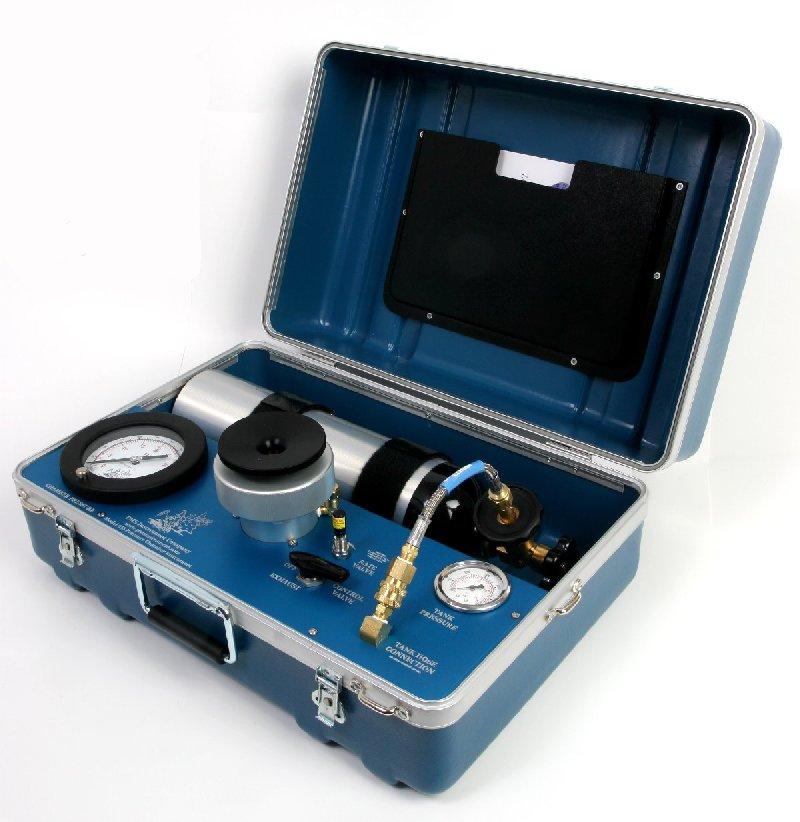 Model 615 Pressure Chamber Instrument